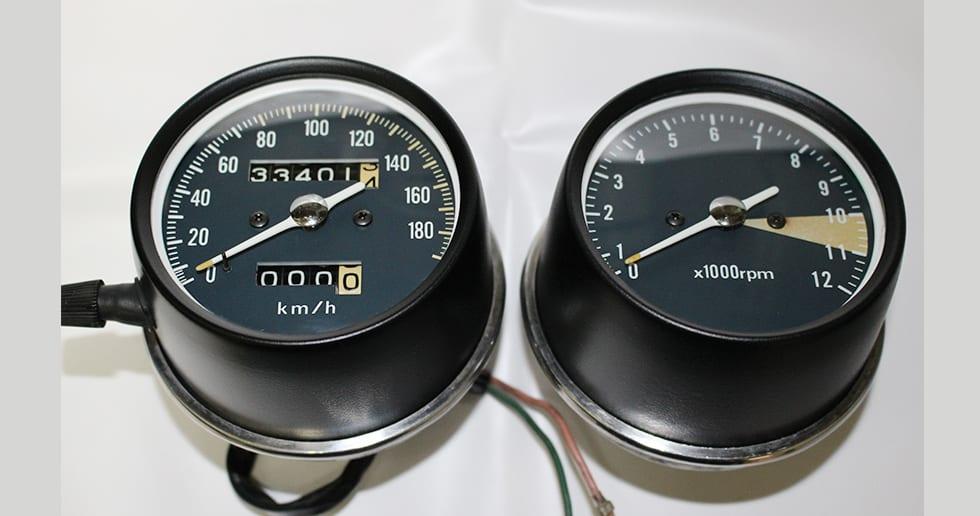 ホンダ CB400Fのメーター